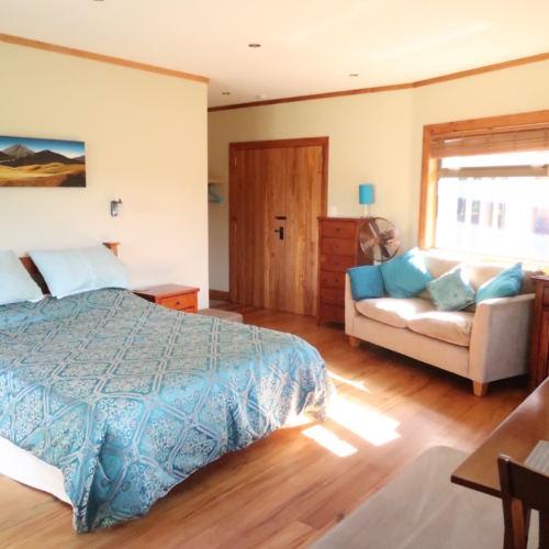 garden-room-bed